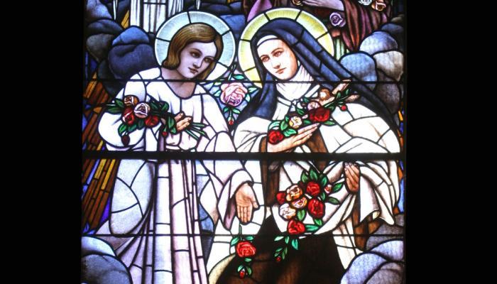 glas-in-lood raam met afbeelding van Theresia van Lisieux